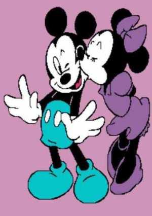 Minnie Kissing Mickey 241x342_mini